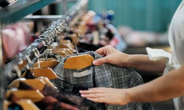 A Guide To Secondhand Shopping