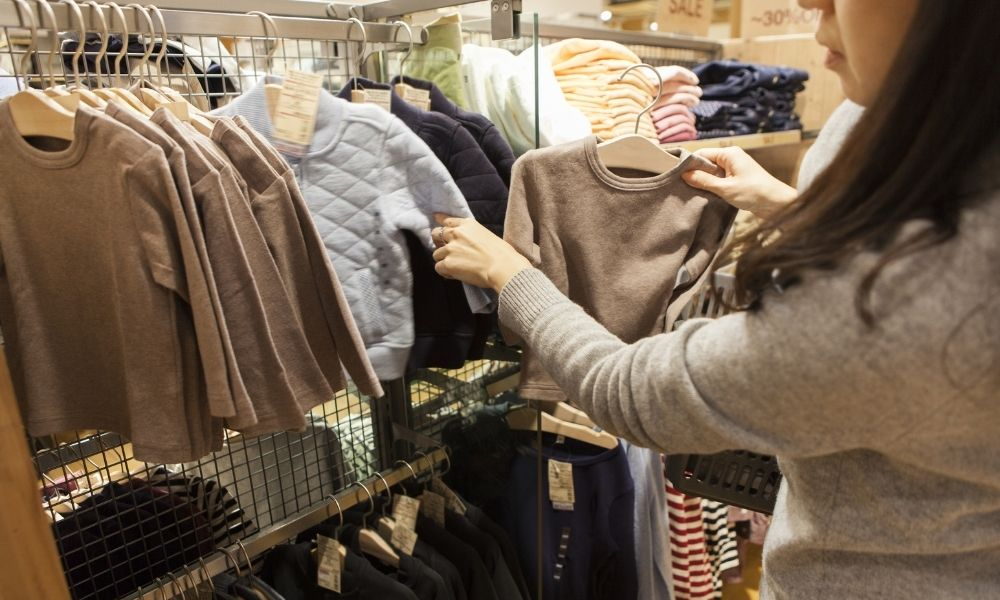 Why You Should Thrift Shop With Your Kids